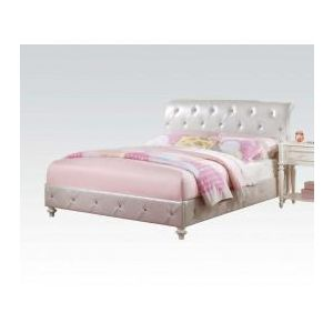 Dorothy Ivory/ Pearl White PU Twin Bed